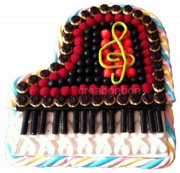 GÂTEAU DE BONBONS PIANO